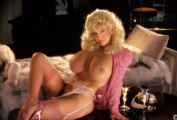 blonde hair xxx pictures boobs
