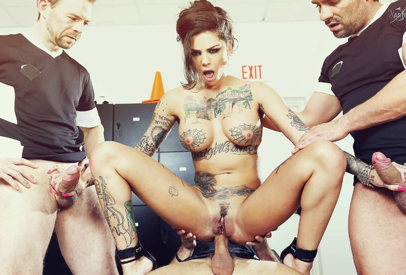 Tattooed milf gets gangbanged