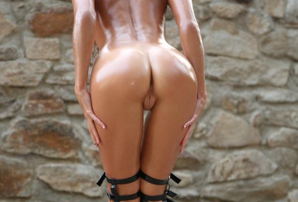 Sexy naked hispanic women
