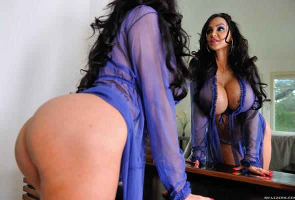 Brunette Big Breast 111