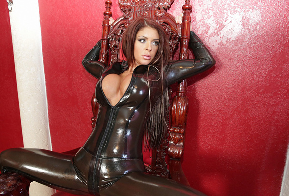 Sexy Latina MILF Kiara Mia seduces her guy in latex clothing and boots  1253163