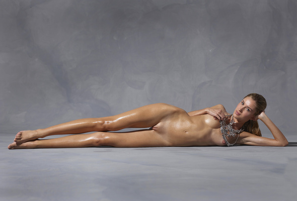 Brazilian girl sexy nude picture