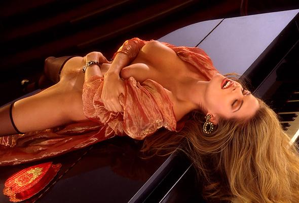 Julie lynn cialini playboy, fit naked girl in heels
