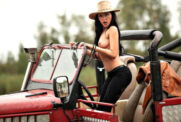 Jeep girl boob big