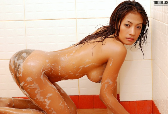 dirty nymph giving her man sleaze deepthroat kiss