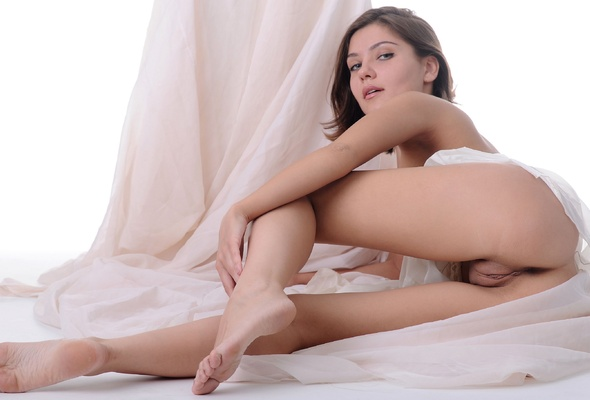 Mari D Sabine Pussy Vagina Cunt Legs Brunette Skinny