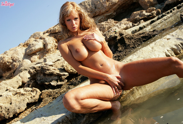 Healthy blonde girl naked