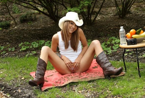 Nude hot sexy girls abdoman