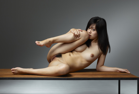 Naked girls with no limbs
