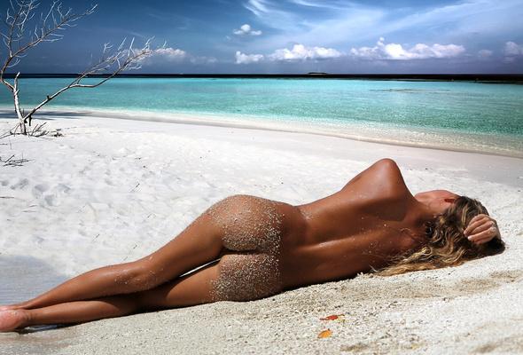 blonde ass Gorgeous bikini