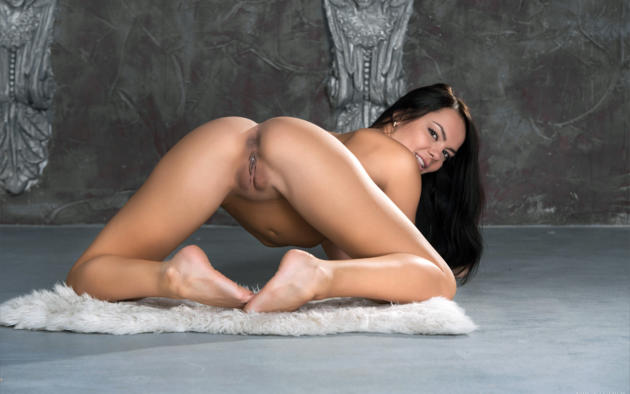 Free rihanna pussy pics #1