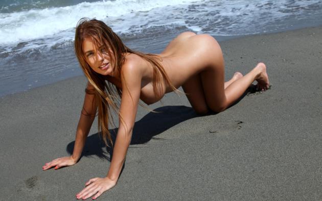 nude beach varga Alexa
