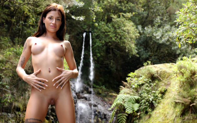 Girls tight shaved pussy-7593