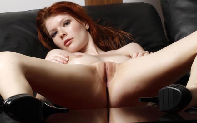 Long legs rear view nude