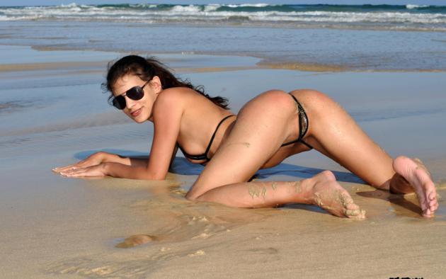 Beach pussy bikini micro