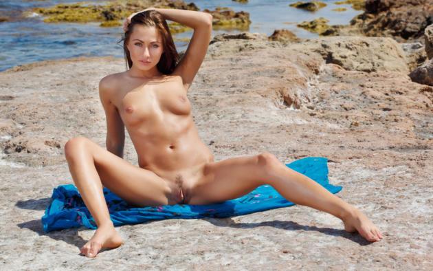 Free pics of hot young sexy nude irish women