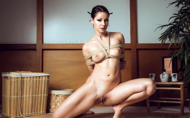 Мелисса мендини фото голая