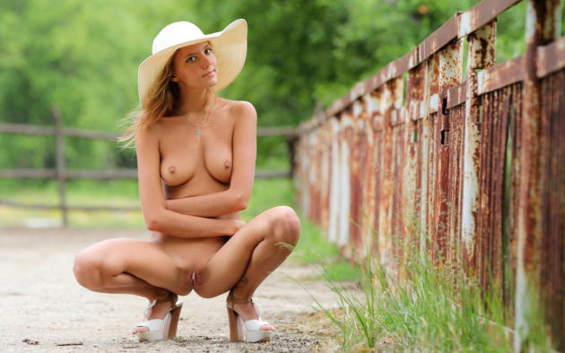 katya clover, clover, mango, caramel, auburn, outdoors, hat, naked, small tits, nipples, shaved pussy, labia, ass, spread legs, high heels, tanned, hi-q, katyaclover, mango a, squatting
