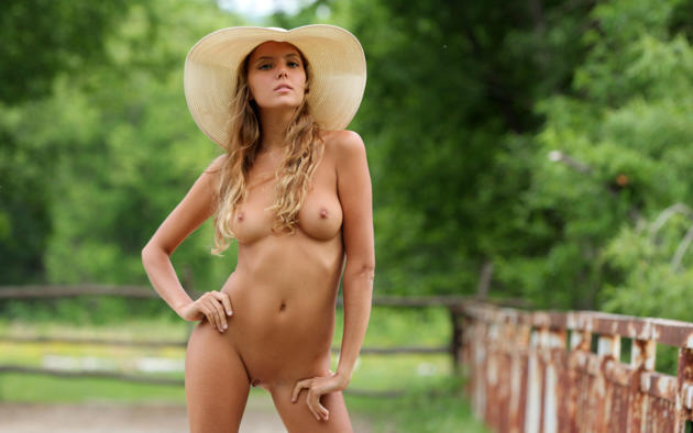 katya clover, clover, mango, caramel, auburn, outdoors, hat, naked, small tits, nipples, shaved pussy, labia, tanned, hi-q, katyaclover, mango a