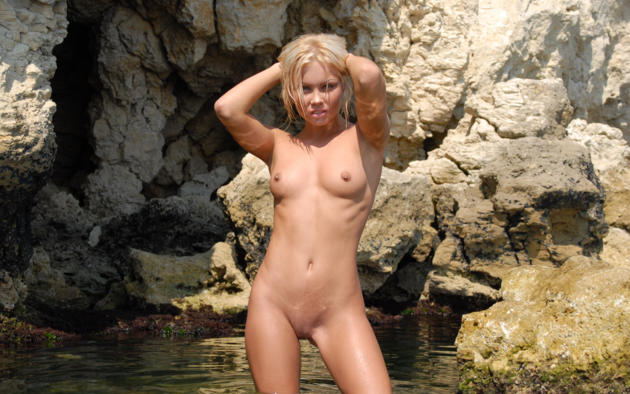 jessika, blonde, beach, naked, small tits, nipples, shaved pussy, spread legs, wet, rock, sea