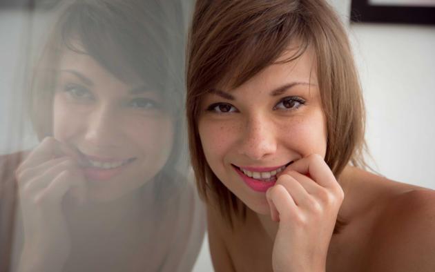 eddison, karin p, karina d, karina p, stephania, alisia, angela f, berta, krista, tara l, smile, hi-q, short hair, face