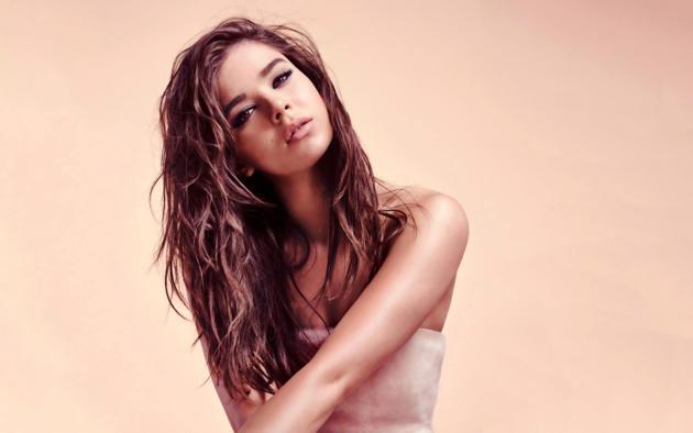 hailee steinfeld, singer, actress, brunette, lips, beautiful, face