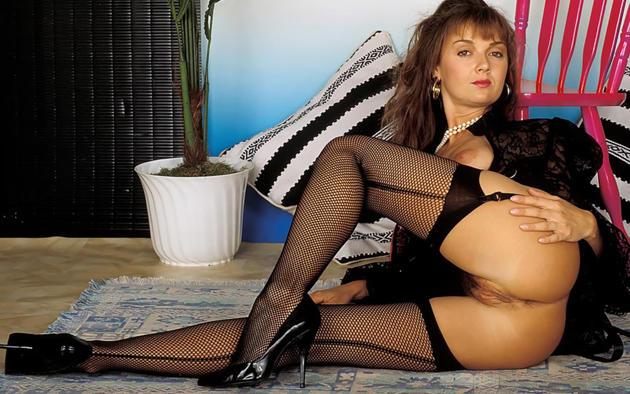 amanda long, stockings, ass, pussy, smile, retro, fishnet