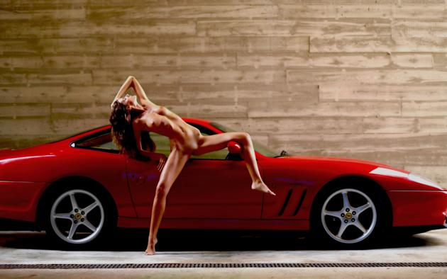 girls nude Ferrari and cars