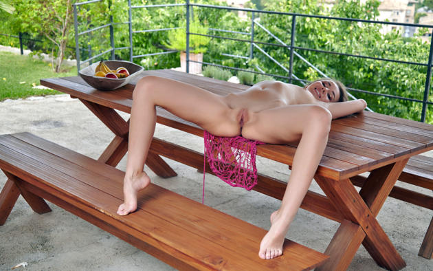 linda chase, linda, aida, linda a, dirty blonde, outdoors, table, naked, small tits, puffy nipples, shaved pussy, labia, ass, spread legs, smile, hi-q