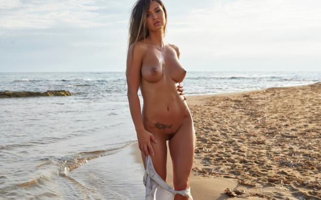 Sexy women naked getting fucked by big cock
