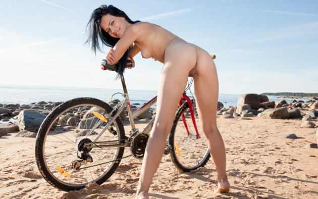 laina, bike, beach, sea, nude, black hair, smile, shaved pussy, pussy, labia, small tits, tits, ass, laura angelina