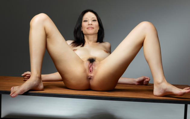 Nude for satan online