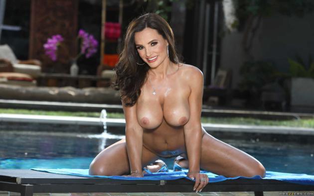 lisa ann, boobs, big tits, tanned, wet, brunette, smile