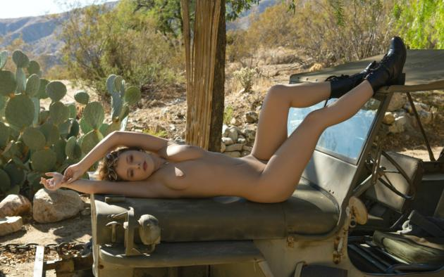 alice antoinette, dirty blonde, army jeep, desert, cactus, naked, boobs, tits, nipples, boots, sunglasses, hi-q, jeep