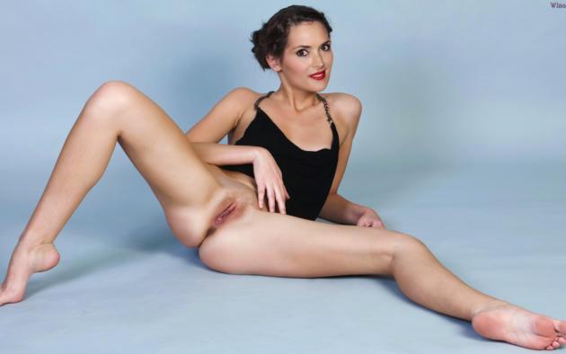 El savador nude women