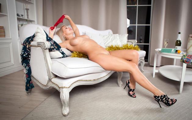 sarika, sarika a, anna a, blonde, panties, naked, boobs, big tits, sofa, landing strip, champagne, high heels, hi-q, christmas, new year, pillows, wine glass