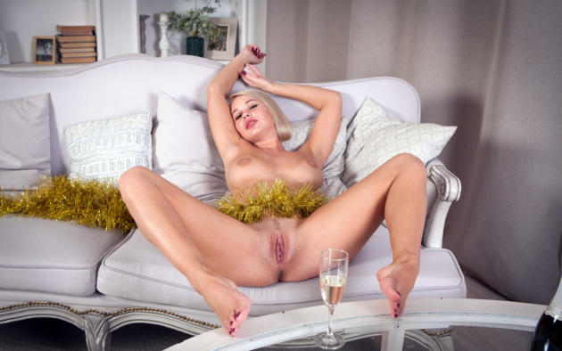 sarika, sarika a, anna a, blonde, sofa, champagne, naked, boobs, big tits, nipples, landing strip, pussy, labia, ass, spread legs, hi-q, christmas, new year, pillows