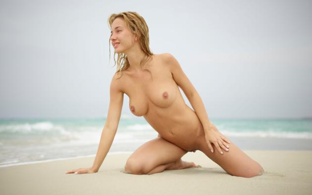 natalie andreeva, natalia a, delilah g, blonde, danica, danica jewels, naked, boobs, tits, nipples, hi-q, big tits, wet, beach, sand, waves, sea, ocean