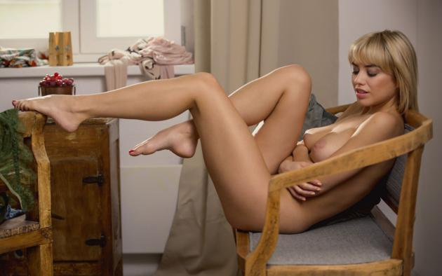 margo dumas, blonde, sexy girl, chica, boobs, tits, tanned, nude, legs, feet