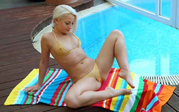 anastasia lee, blonde, pool, bikini, see through, tits, nipples, pussy, spread legs, pierced navel, hi-q