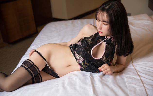 Hot Asian Stripping Panties Png
