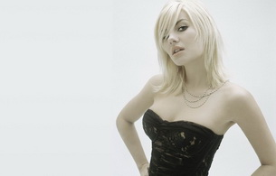 elisha cuthbert, actress, blonde, black top