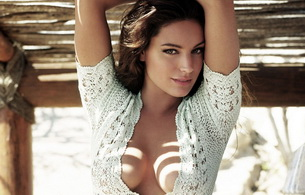 smile, titts, kelly brook, brunette, actress
