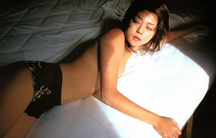 brunette, asian, bed