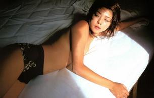 brunette, asian, bed
