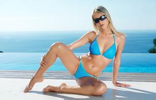 blonde, bikini, glasses, wet
