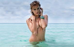 wet, titts, sea, irina sheik, juicy, beauty, hot, great eyes, natural beauty, ocean, model, irina shayk