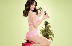mary louise parker, actress, brunette, smile, lingerie, marijuana, marijuana, weed, pot, cannibis, heels, weeds