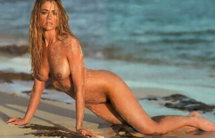 blonde, nude, wet, sand, denise richards, beach, celebrity, charlie sheen, ocean, tan, pretty, hot