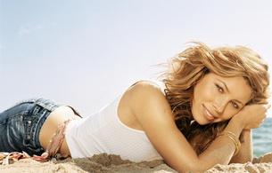 jessica biel, actress, blonde, smile, jeans